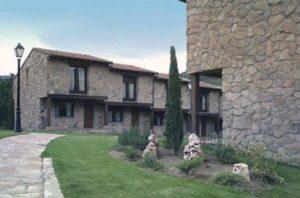Hotel Rural Ribera del Corneja casas