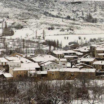 Navacepedilla de Corneja nevado