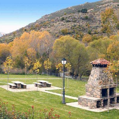 Las barbacoas del hotel rural Ribera del Corneja